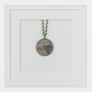 Lijst voor medailles 20x20 cm, wit