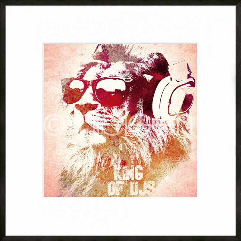 """Beeld met lijst """"King of DJs"""" met lijst van aluminium C2"""